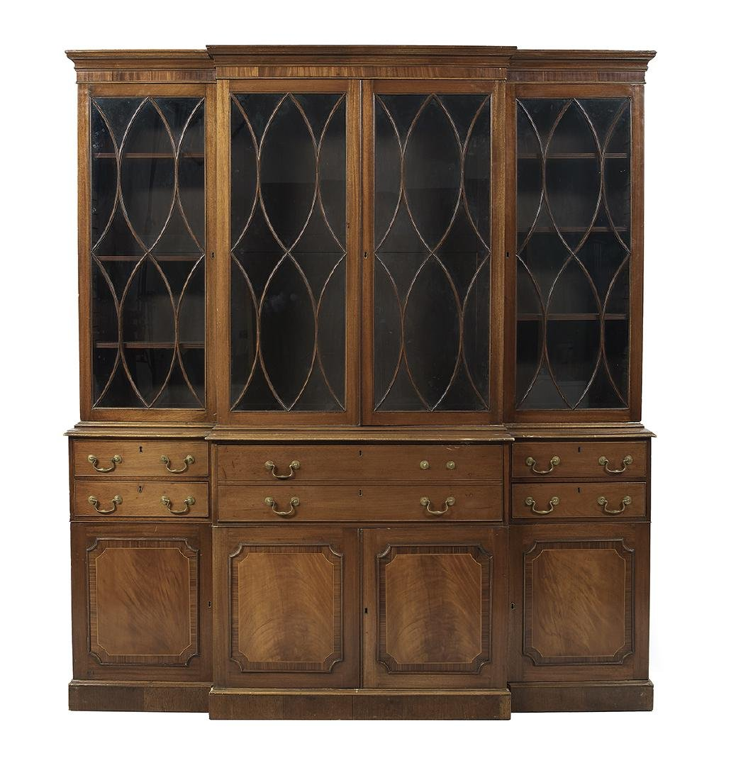 George III-Style Mahogany Breakfront Bookcase - 3