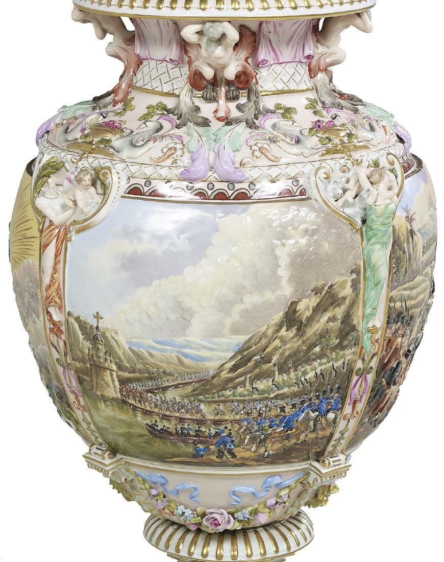 Capodimonte Molded and Polychrome Vase - 4