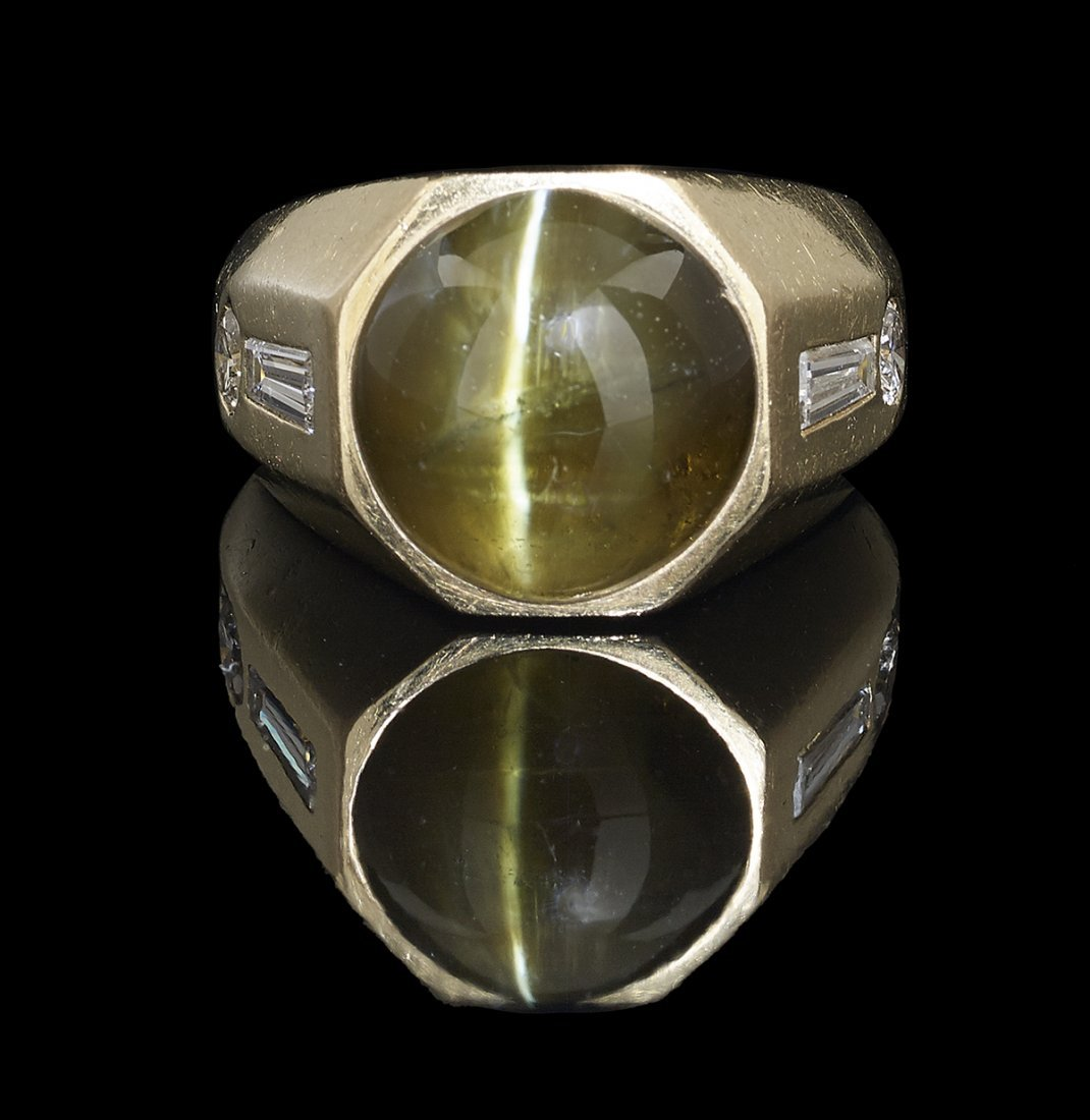 Men's Cat's Eye Chrysoberyl and Diamond Ring