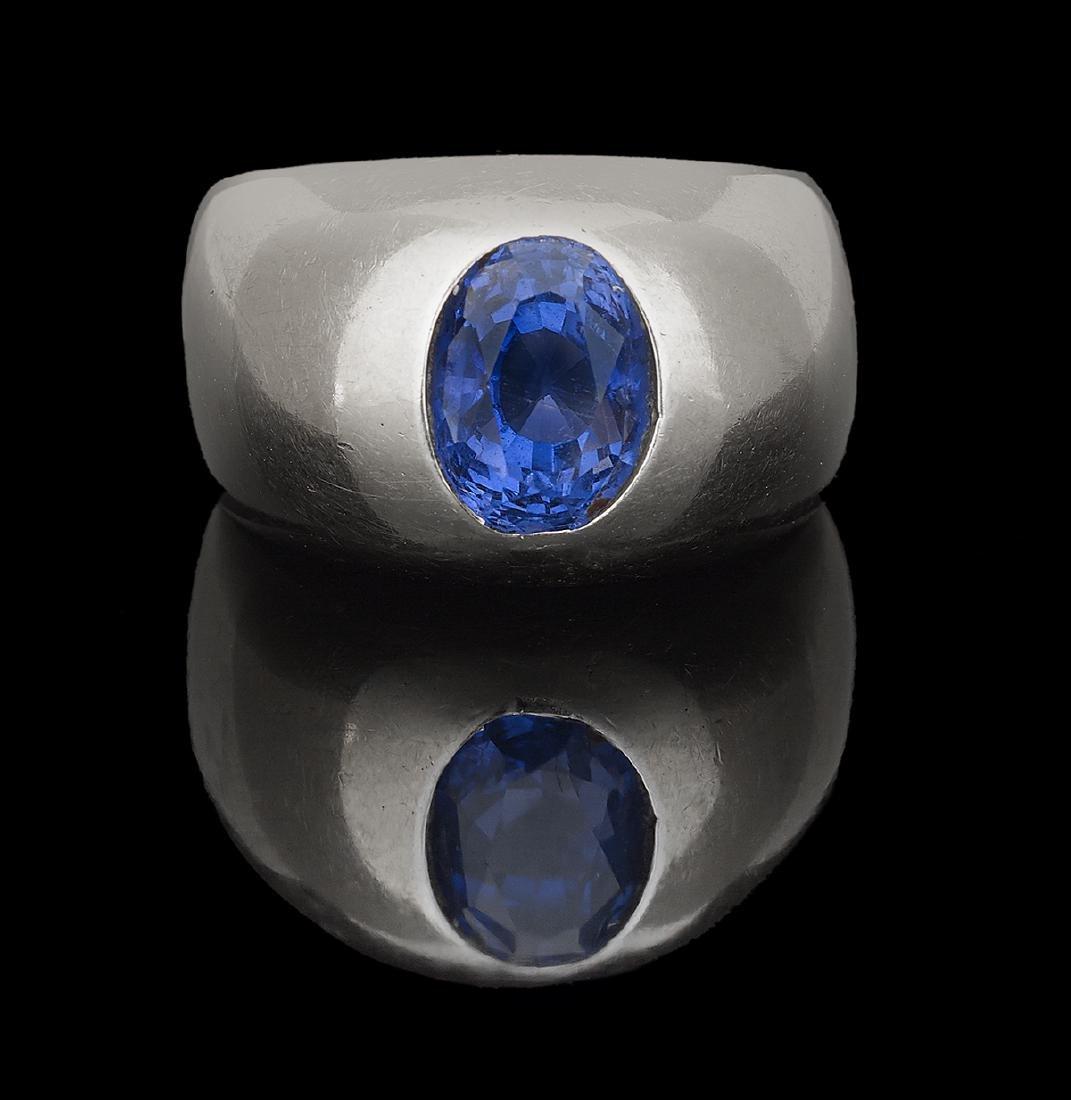 Gentleman's Natural Sapphire Ring