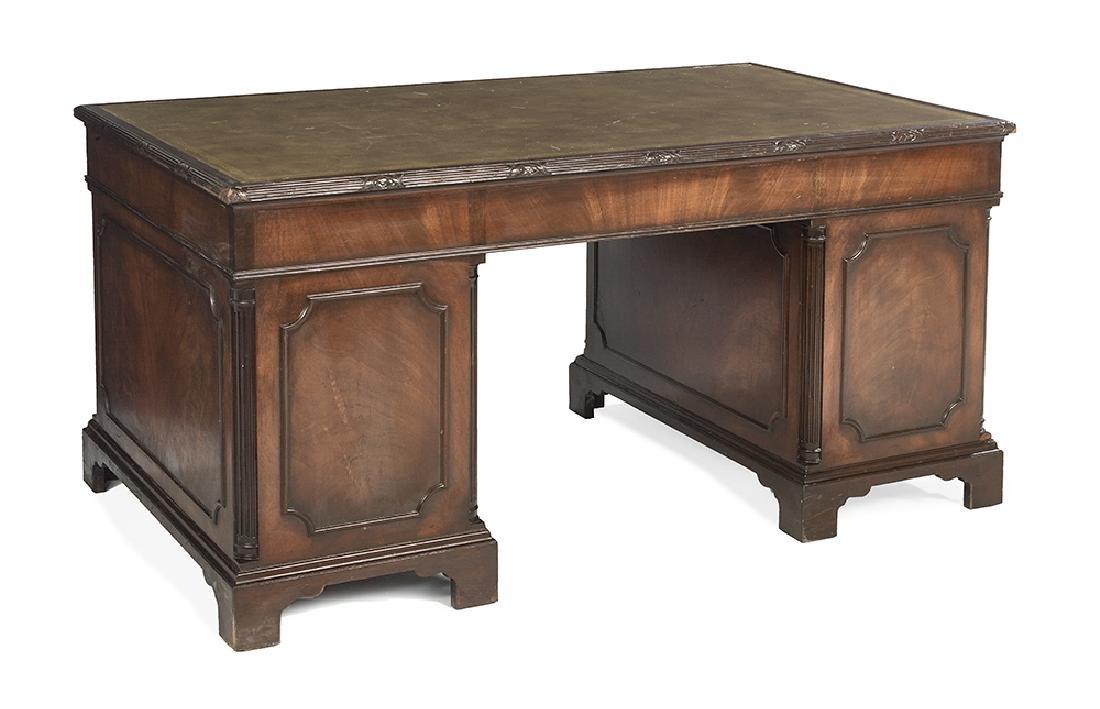 George III-Style Mahogany Pedestal Desk - 2