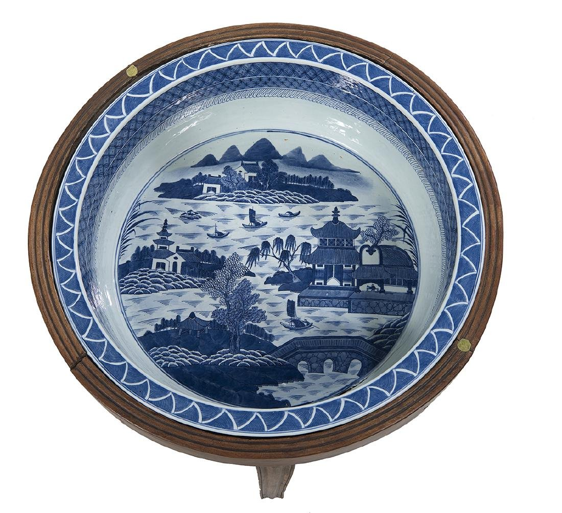 Chinese Export Blue and White Basin/Table - 2
