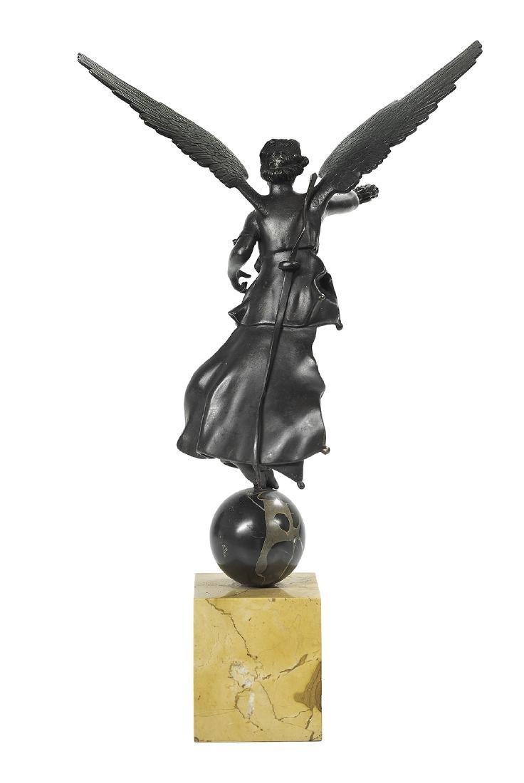 "French Patinated Bronze Figure of ""Victory"" - 2"