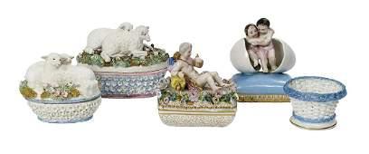 Five Jacob Petit Paris Porcelain Objects