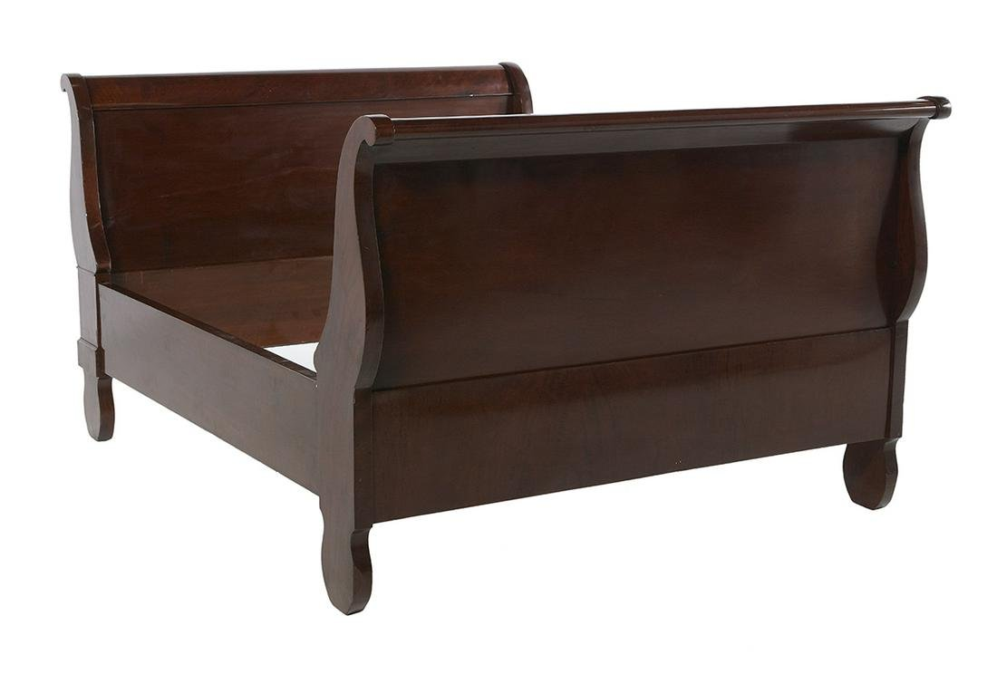 American Late Classical Mahogany Sleigh Bed