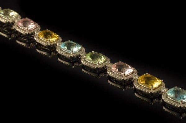 850: 18 Kt. White Gold, Diamond and Beryl Bracelet