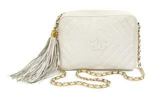 Vintage Chanel White Caviar Leather Camera Bag