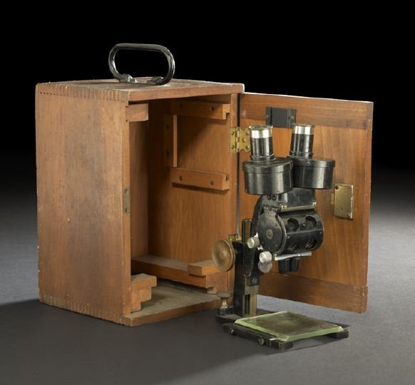 252: Bausch & Lomb Binocular Microscope