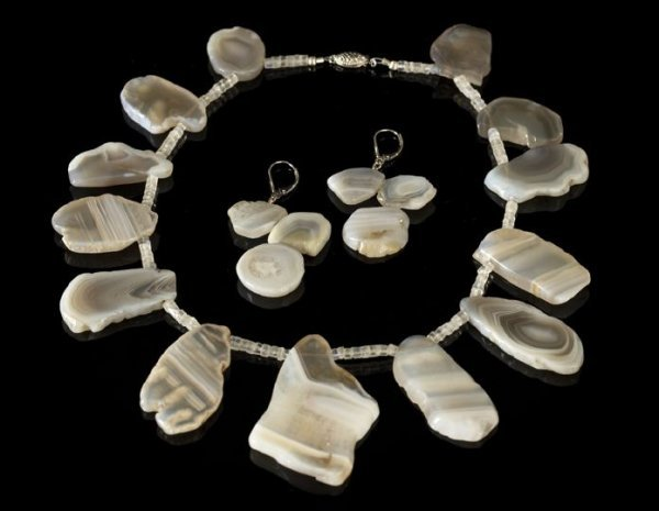 650: Fortification Agate Necklace and Earring Set