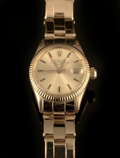 553: Rolex Lady's 18 Kt. Oyster Perpetual Wristwatch