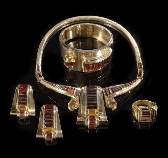 667: 18 Kt. Rose Gold and Garnet Retro Moderne Parure