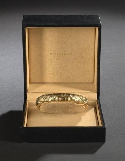 682: Fine Bulgari 18 Kt. Yellow Gold Flexible Bracelet
