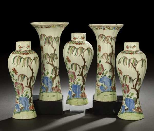 19: Chinese Export Porcelain Five-Piece Garniture Set