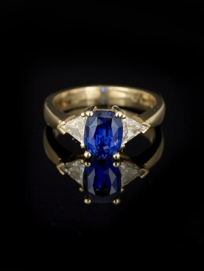 713: 14 Kt. Gold, Sapphire and Diamond Lady's Ring