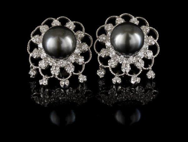 719: 14 Kt. Gold, Black Pearl and Diamond Earrings