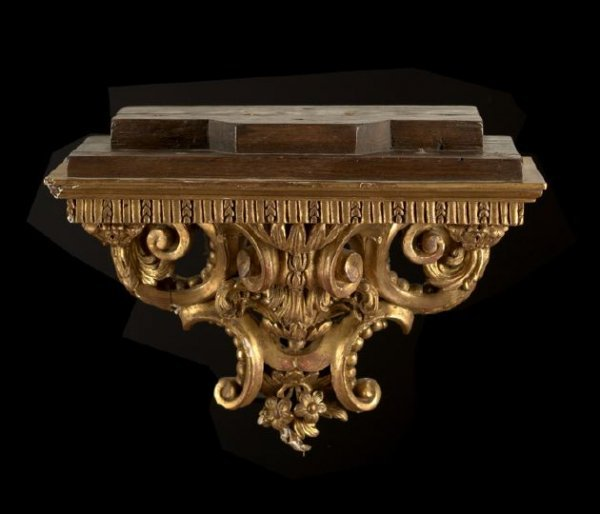 5: Good French Carved Giltwood Bracket Shelf