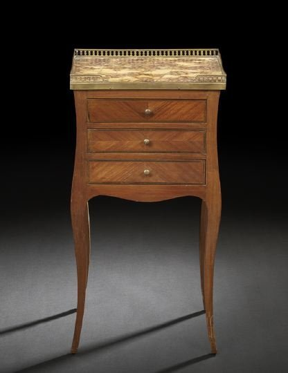 15: French Mahogany and Marble-Top Commode