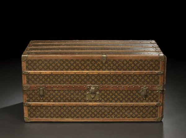 905: Good Louis Vuitton Canvas Cabin Trunk
