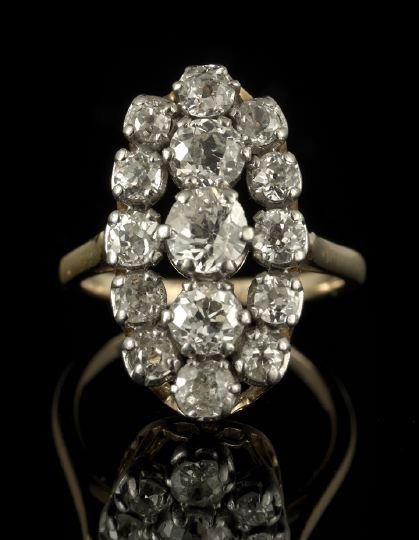 1315: Victorian 14 Kt. Gold and Diamond Cluster Ring