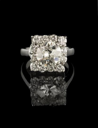 1317: Vintage Platinum and Diamond Lady's Ring