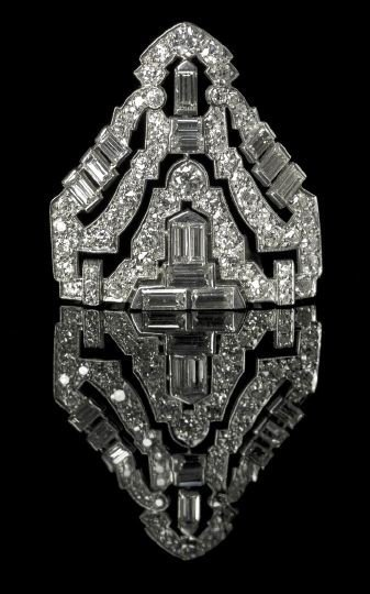 1320: Platinum and Diamond Art Deco Dress Clip