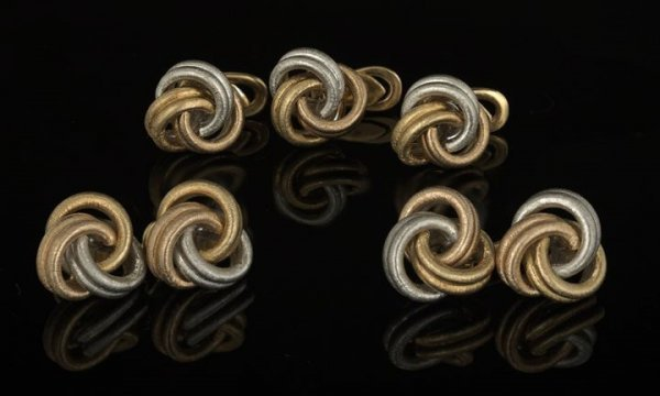 1331: M. Buccellati 18 Kt. Two-Color Gold Dress Set