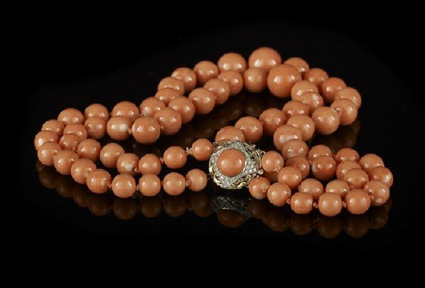 827: Double Strand of Graduated Coral Beads