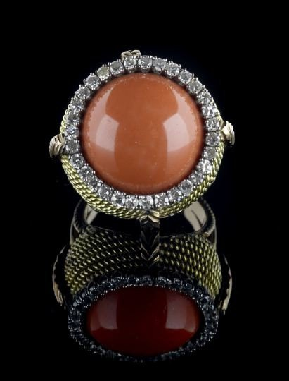 829: 14 Kt. Gold, Coral and Diamond Dinner Ring