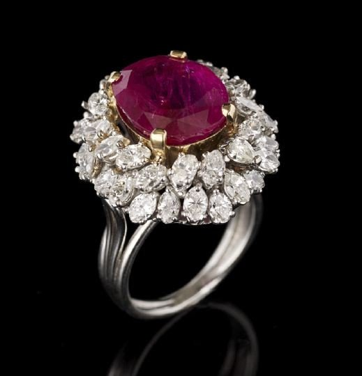 844: Lady's Platinum, Diamond and Ruby Dinner Ring