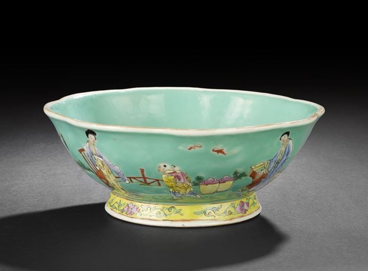 19: Chinese Famille Rose and Turquoise-Glazed Bowl