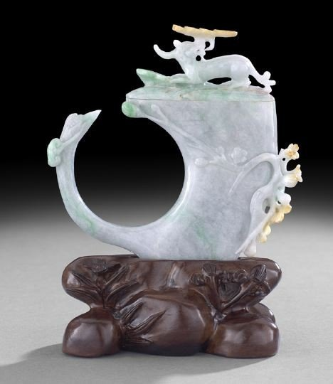 19: Unusual Chinese Carved Jade Libation Cup
