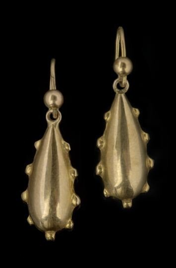 1607: Pair of Small Edwardian Gold-Plated Earrings