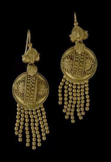 1608: Pair of Victorian Gold-Plated Earrings