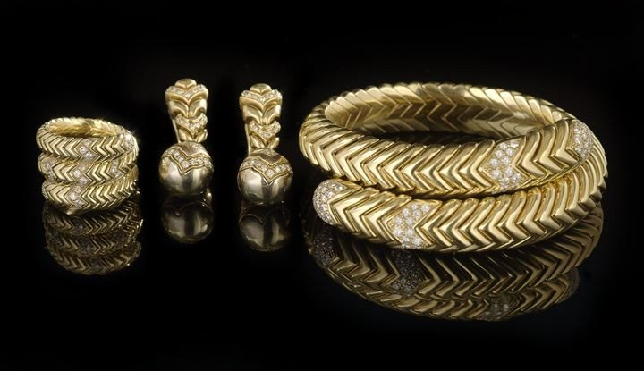 1619: Three-Piece Bulgari 18 Kt. Gold and Diamond Suite