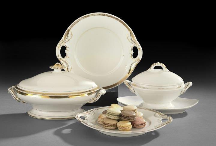 5: Four Pieces of Anneau D'or Paris Porcelain