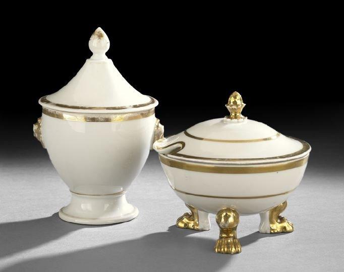 10: Two Pieces of Anneau D'or Paris Porcelain