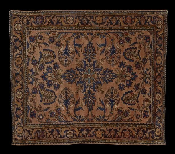 960: Semi-Antique Sarouk Carpet