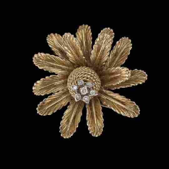 1394: Unusual Dimensional18 Kt. Gold and Diamond Brooch