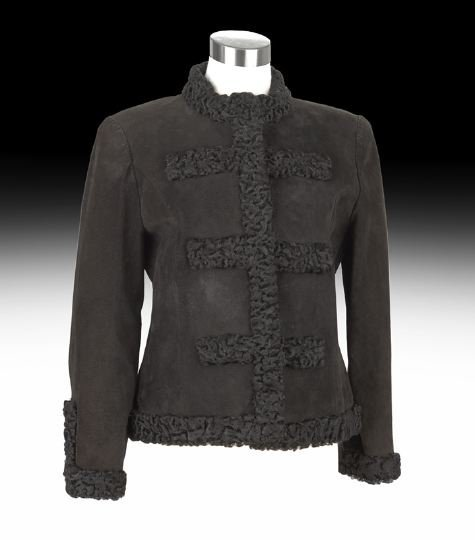 846: Chanel Boutique Black Jacket