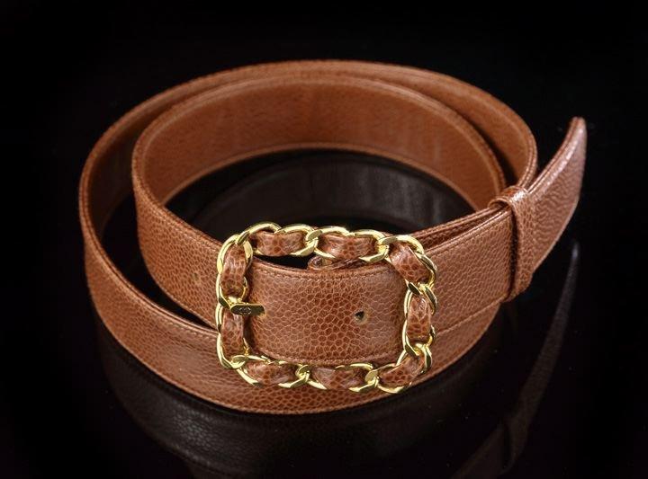 861: Chanel, Paris, Chestnut Brown Pebble Grain Belt