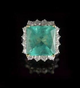 14 Kt. White Gold, Emerald & Diamond Dinner Ring
