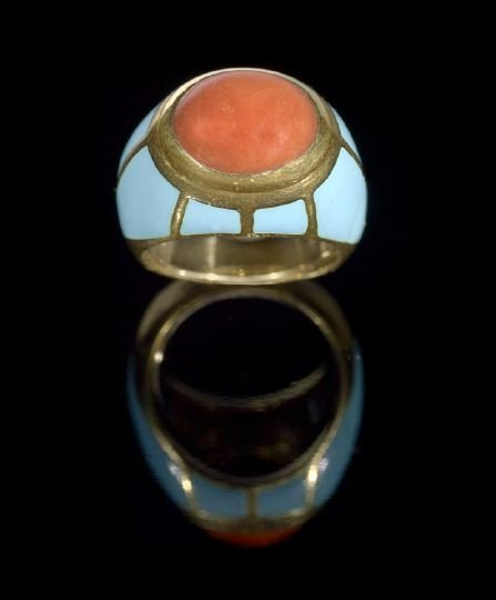 937: 18 Kt. Yellow Gold, Coral and Enamel Lady's Ring
