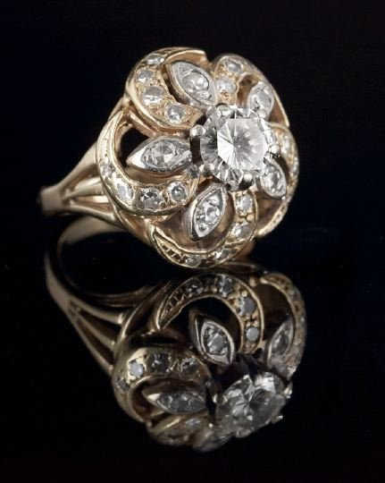 1111: Lady's 14 Kt. Gold and Diamond Ring