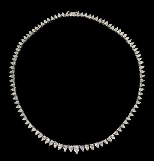 1114: Lady's 18 Kt. Gold and Diamond Necklace