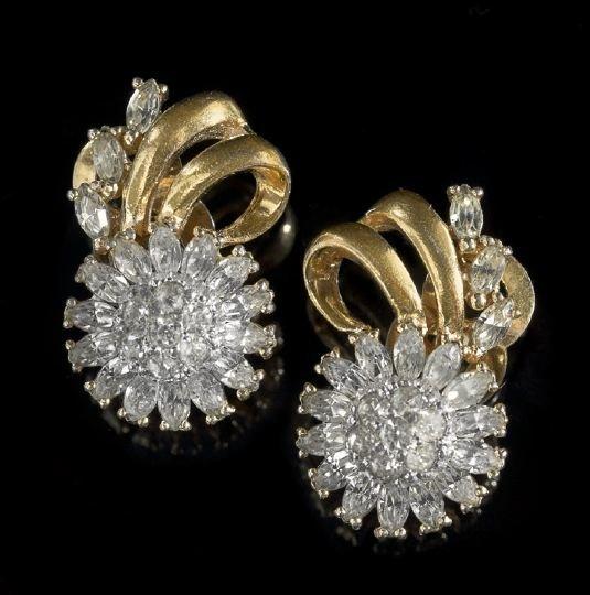 797: Pair of Vintage Pennino Rhinestone Ear Clips