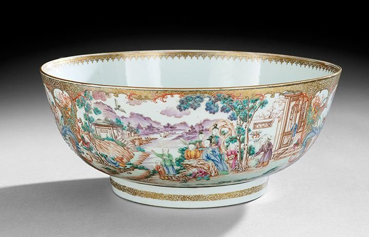 1035: Chinese Porcelain Punch Bowl