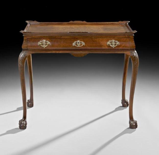 Dutch Queen Anne-Style Walnut Tea Table