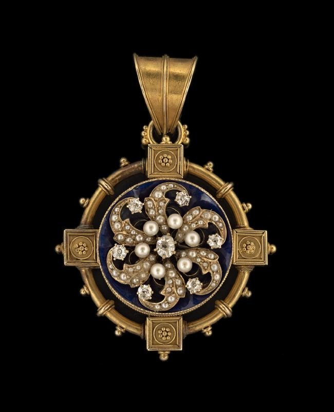 Victorian 15 Kt. Gold, Diamond and Enamel Pendant