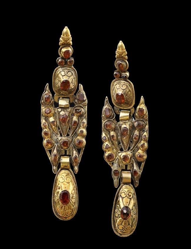 Pair of Ten-Karat Yellow Gold and Glass Earrings