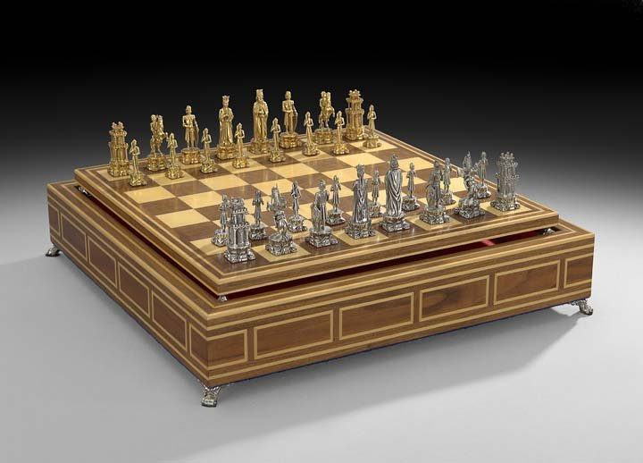 Fine Pedro Duran Sterling Silver Cased Chess Set